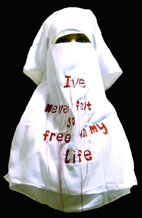 Niqab25